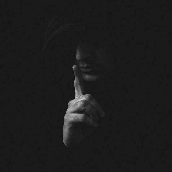 عکس پروفایل مفهومی بدون متن سکوت غمگین