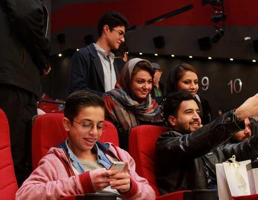 تصاویر بازیگران و هنرمندان در مراسم اکران مردمی فیلم ماجرای نیمروز در مشهد